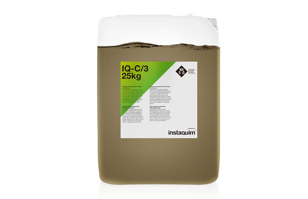 IQ-C/3, Limpiador desengrasante enérgico concentrado